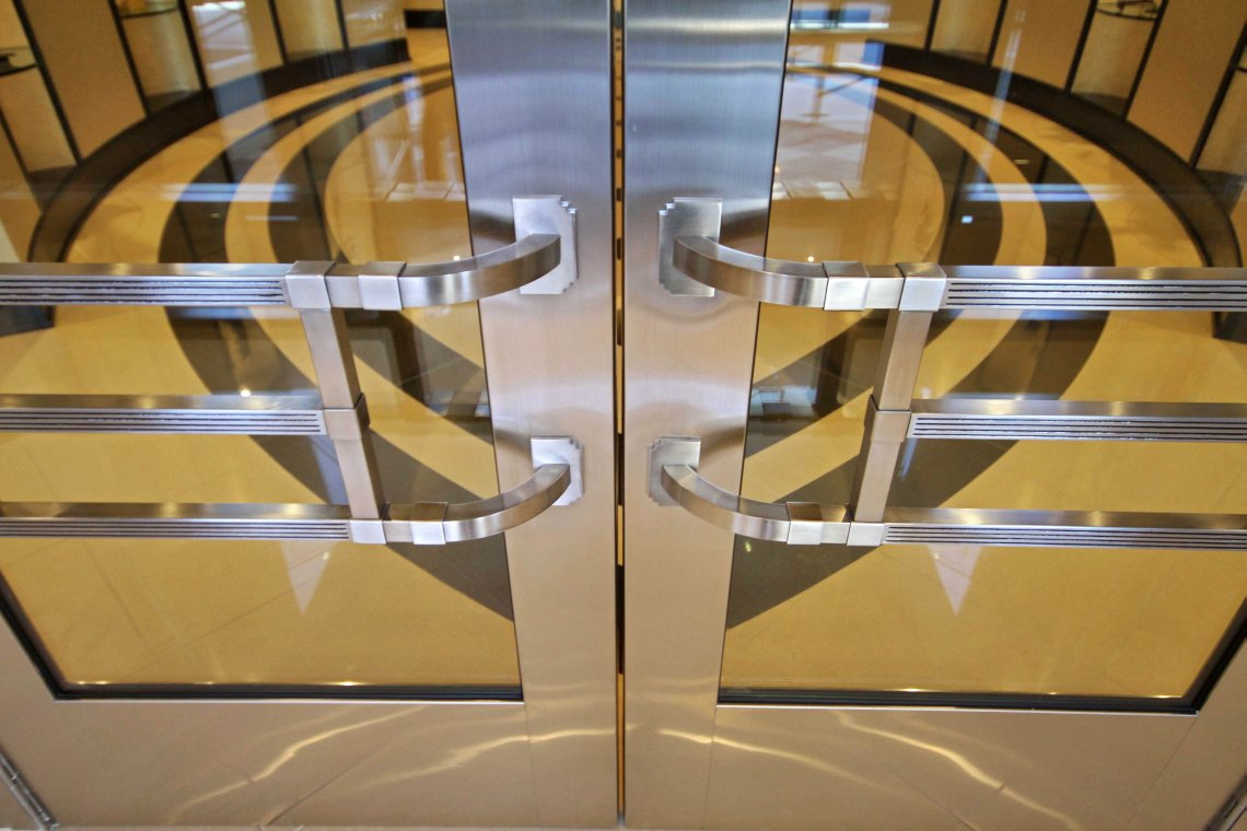 1lobbyentry door handles